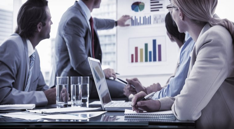 EY Growth Barometer: 89% dintre executivii companiilor medii vad cresteri ale afacerilor in 2017
