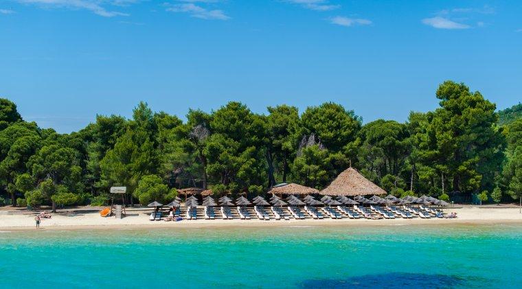 Statiuni din Grecia putin aglomerate, unde simti ca te predai naturii