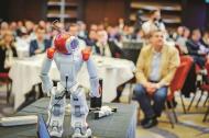 Piata muncii are o problema mai mare decat apocalipsa robotilor