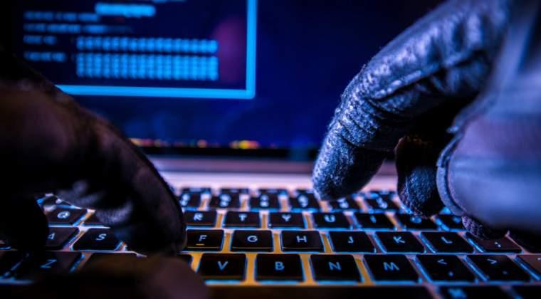 Atac cibernetic in Ucraina asupra unor institutii, banci si chiar asupra aeroportul din Kiev