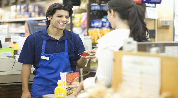 Top 10 retaileri cu cei mai profitabili angajati