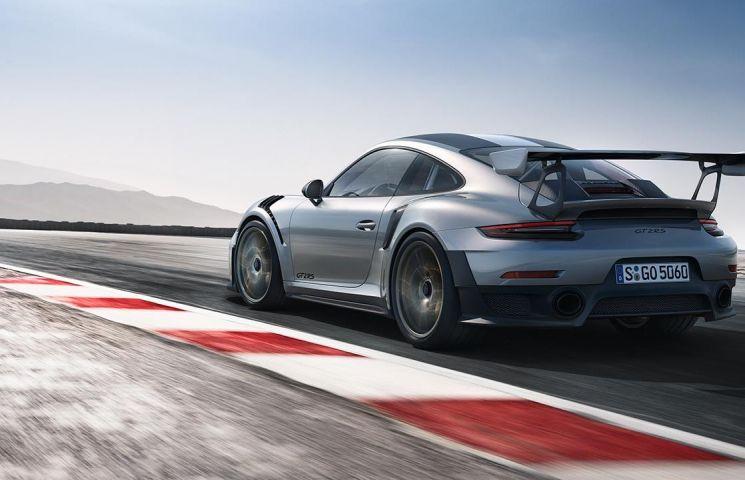 Oficialii Porsche: noul 911 GT2 RS poate termina un tur la Nurburgring sub 7 minute