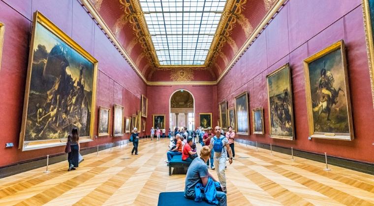 Mai multe picturi expuse la Muzeul Luvru au fost afectate de o furtuna