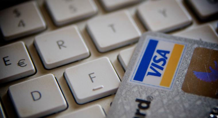 Creste cererea consumatorilor din UE pentru cumparaturile online transfrontaliere