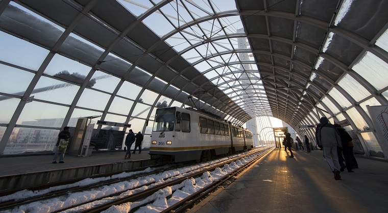 RATB se pregateste sa introduca aer conditionat in tramvaie si troleibuze