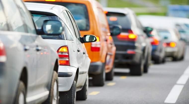 Trafic rutier ingreunat pe Valea Oltului, din cauza unui accident in care au fost implicate trei masini
