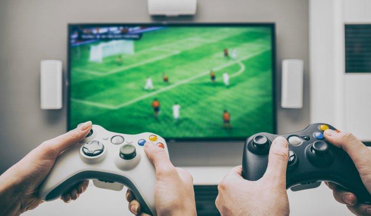 Reduceri la electronice: 3 console de gaming pe care vi le puteti cumpara la un pret special