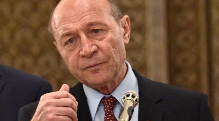Basescu: Teparul de Teleorman a convocat sesiune extraordinara si a intrat in concediu, delegand atributiunile lacheului Iordache