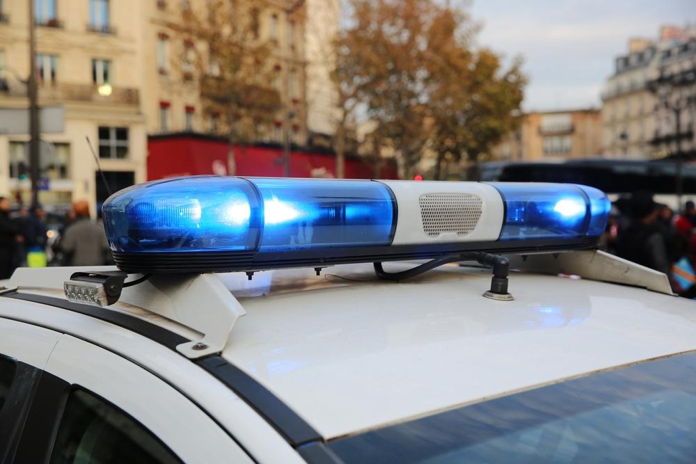 International - Un barbat a intrat cu masina in doua statii de autobuz din Marsilia. Un pieton a fost ucis