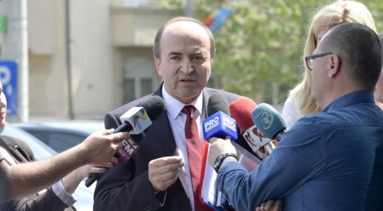 CSM ii cere ministrului Tudorel Toader sa comunice data pana la care ii va fi trimis proiectul de modificare a legilor Justitiei