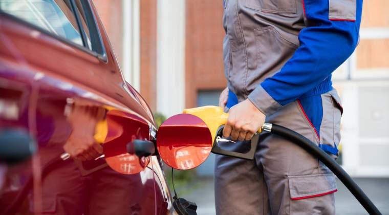 Acciza la carburanti creste in doua transe: una de la 15 septembrie si a doua de la 1 octombrie; Cu cat se scumpesc carburantii?