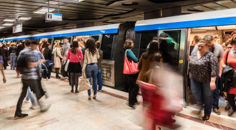 Se inchid statiile de metrou Tineretului si Aparatorii Patriei pentru modernizarea instalatiilor de acces