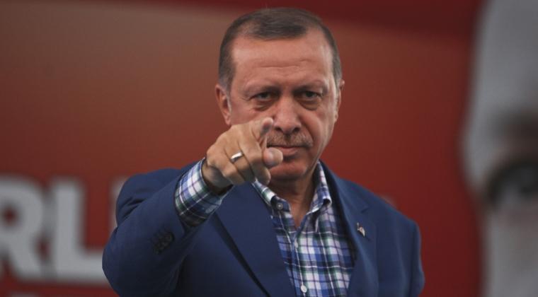 Un macedonean a primit o amenda de 400 de euro dupa ce l-a insultat pe presedintele turc intr-un mesaj postat pe Facebook
