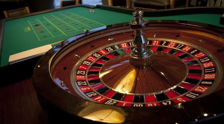 Liceeni din Romania vor avea acces la seminarii despre jocurile de noroc