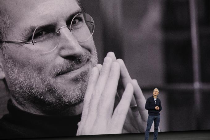 LIVE TEXT: Cat costa si ce imbunatatiri aduc noile iPhone-uri: X, 7s si 7s Plus