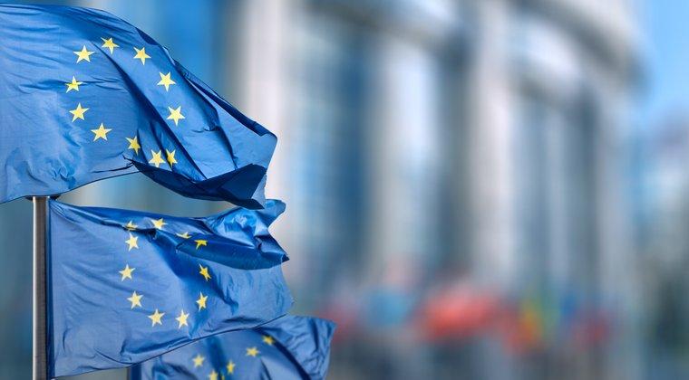 """UE pregateste reglementari mai flexibile pentru startup-urile care """"se bat"""" cu bancile"""