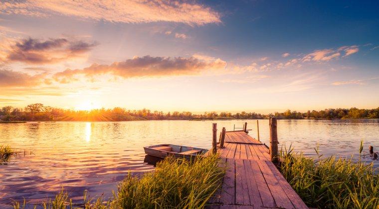 ANAF scote la vanzare doua complexuri hoteliere din Delta Dunarii