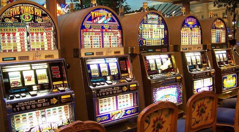 Vrei sa ai un business in industria jocurilor de noroc? Ce costuri sunt pentru salile de aparate