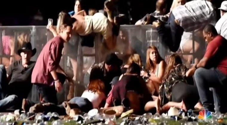 Ultimul bilant al atacului din Las Vegas: 59 de morti si 527 de raniti. Care este starea romanului?