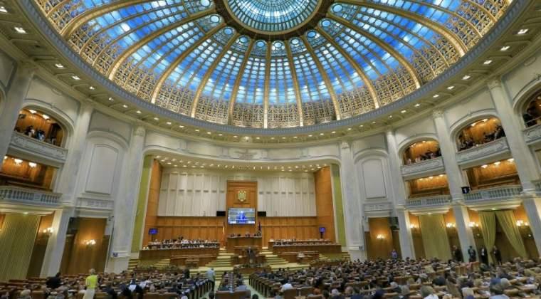 Camera Deputatilor a publicat lista cu salariile. Cat castiga Liviu Dragnea