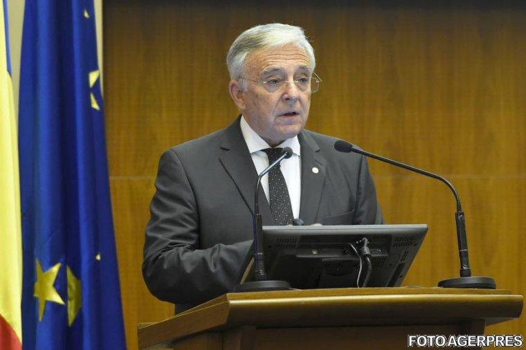 Mugur Isarescu: 4 milioane de romani apti de munca nu au slujba si nici nu isi cauta! Doar 10% se declara dispusi, dar nu fac nimic in acest sens