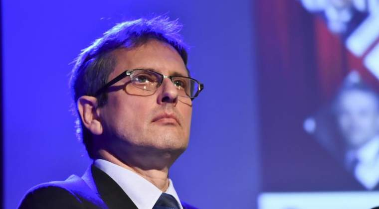 Valentin Lazea (BNR): Un salariu minim net de 300 de euro/luna este sustenabil pentru economie