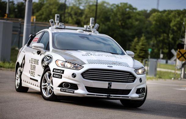 """Auto - Planuri de viitor: Ford vrea sa dezvolte o masina """"complet noua"""" pentru condusul autonom"""