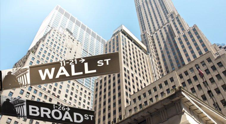 Studiu: Cum e vazut Bitcoin pe celebra strada Wall Street. Tu cum o vezi?
