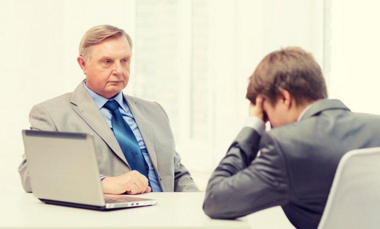Angajatii din IT, lasati cu ochii in soare! Guvernul abia a aprobat demararea procedurilor pentru ajutorul de stat promis