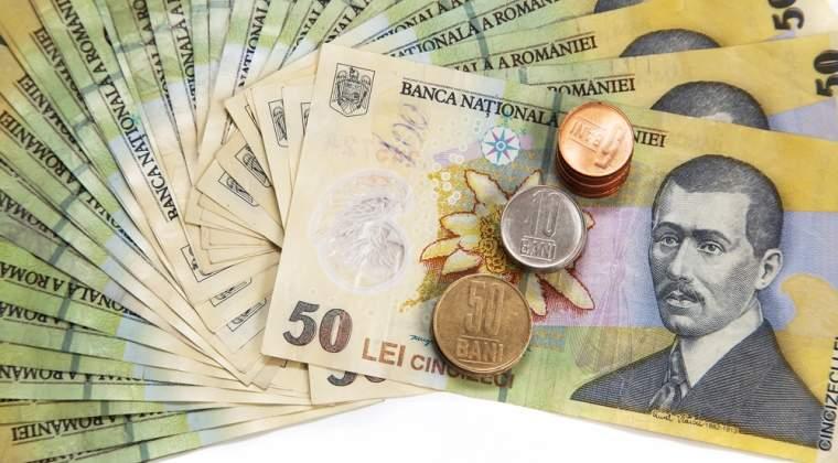 Salariul mediu net a crescut anul trecut cu 11,7%. In administratia publica, salariile nete au urcat cu viteza dubla, cresterea fiind de peste 24%
