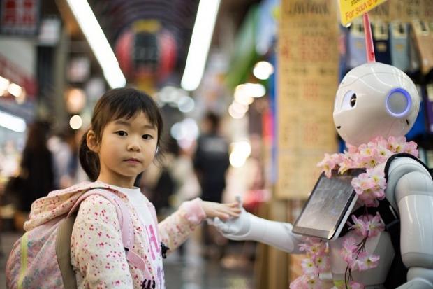 Lupta intre roboti si oameni pentru locuri de munca e o falsa problema