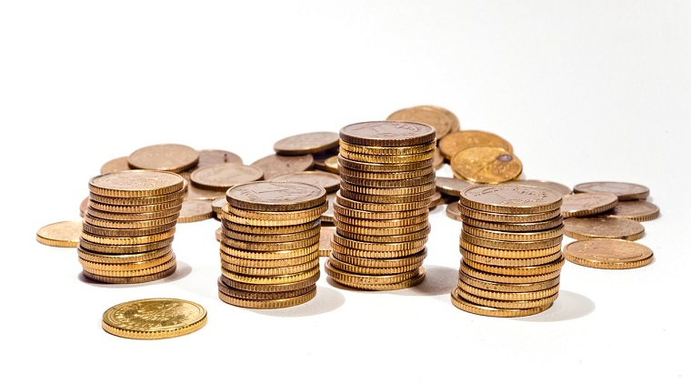 Money - Primele companii care anunta dividende in 2018 isi rasplatesc actionarii cu 3 mld. lei. Castigul mediu este 5,7% inainte ca perlele bursei sa intre in joc