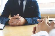 Expert HR: Oamenii nu parasesc companii, parasesc sefi