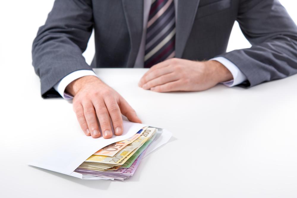 cum să faci bani rămași în timp ce stai la serviciu