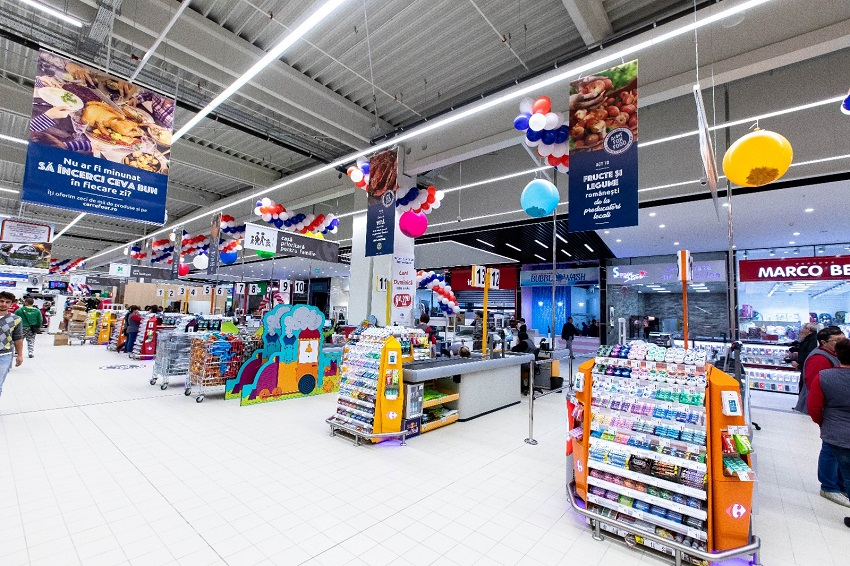 Carrefour Romania Opens The First Hypermarket In Roman