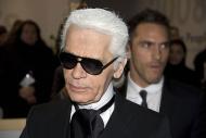 Karl Lagerfeld a murit. Creatorul casei de moda Chanel avea 85 de ani