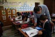 Din ce in ce mai multi invatatori din Romania recunosc tehnologia ca instrument educational