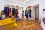 Romancele care au deschis un showroom cu creatiile designerilor locali pentru ca nu aveau unde sa-si vanda propriul brand