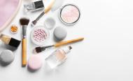 Piata cosmeticelor din Romania, un business de aproape 2 miliarde euro in 2019. Top producatori si retaileri in cosmetice