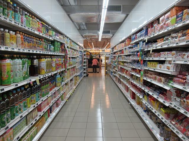 Monitorul preturilor la alimente: cat costa produsele dintr-un cos de cumparaturi obisnuit