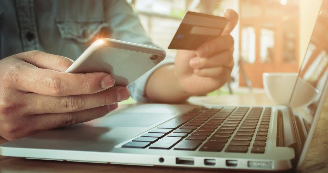 Romanii cheltuiesc cel mai mult in online pe sejururi, servicii de turism si electrocasnice