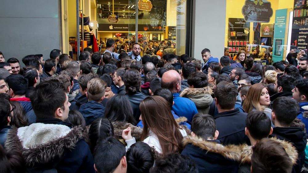 Black Friday eMAG: Retailerul anunta marti ofertele de anul acesta