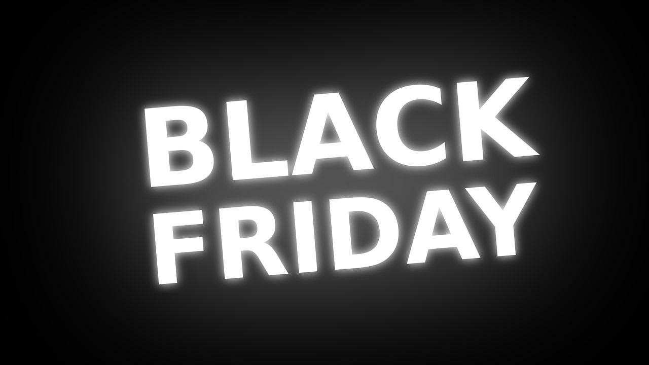 Carrefour a inceput campania Black Friday 2019 la electronice si electrocasnice: aspiratoarea si cuptoare cu microunde de la 100 de lei