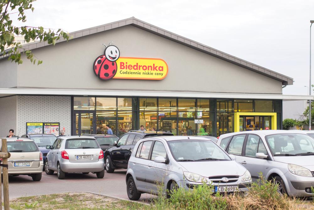 Biedronka, cel mai mare retailer alimentar din Polonia, plănuiește să intre în România