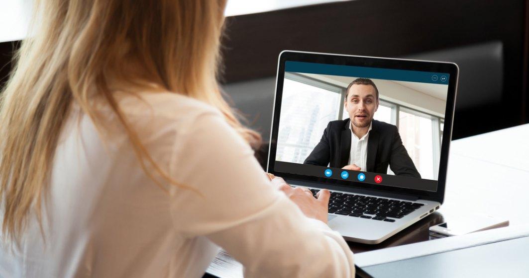 Recrutarea sub coronavirus | Puținele interviuri care se mai fac se țin prin telefon sau online. Se evită contactul recrutor-candidat