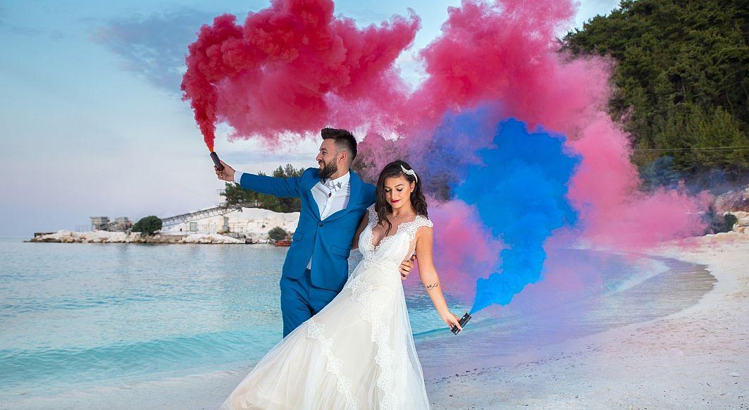 CORONAVIRUS   Cuplurile nu renunță încă la nunțile programate. Organizarea, exclusiv online