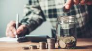COVID-19 | Statistică: Managerii estimează o scădere accentuată a activității în toate sectoarele economiei pentru încă trei luni