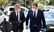 Măști pentru săraci. Nelu Tătaru: Vom semna contractul pentru 115 milioane de măști