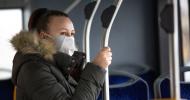 4 din 10 români nu folosesc masca sau o folosesc greșit. Producătorii de medicamente: este singura metodă eficientă pentru a evita un dezastru