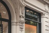 Pandemia a luat profiturile brandurilor de lux de fashion și le-a doborât vânzările. Cele mai recente cazuri: Gucci și Louis Vuitton